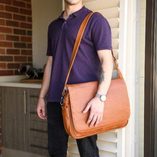 Maribu Leather laptop messenger bag